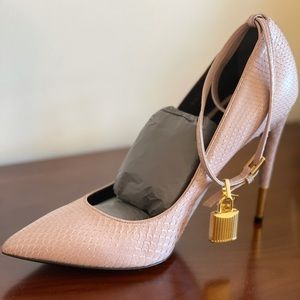 Tom Ford Python High Heel Pointed Toe Nude/pink 41